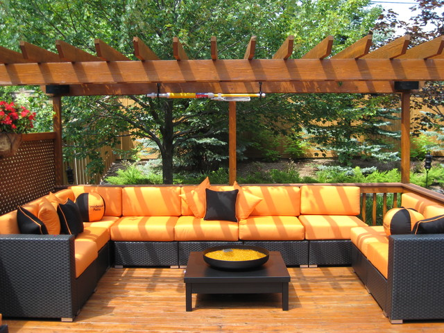 Patio decoration tips to fit your budget craft o maniac for Decoration patio exterieur