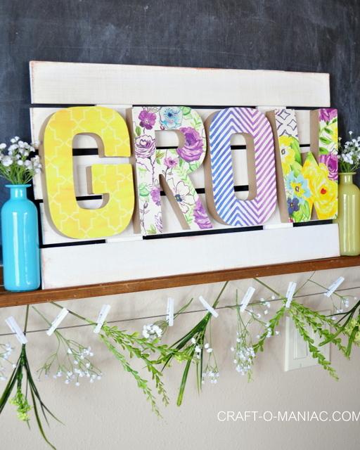spring grow sign close up fav