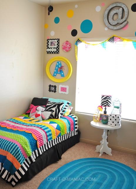 bellas bedroom bed