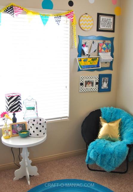 bellas room chair3