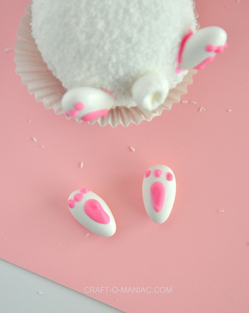 bunny feet and cupcakes1