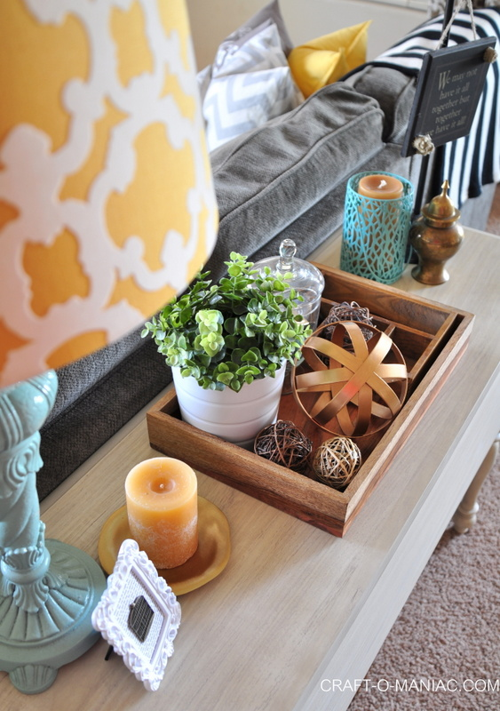 family room sofa table lamp