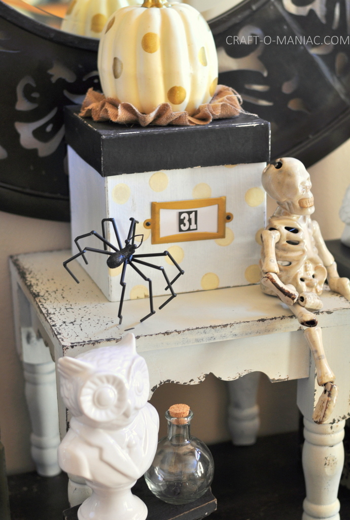black and white halloween stool box