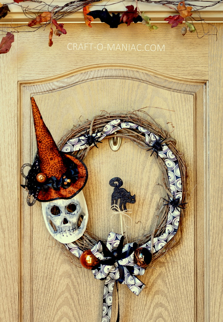 diy witch mask wreath full door