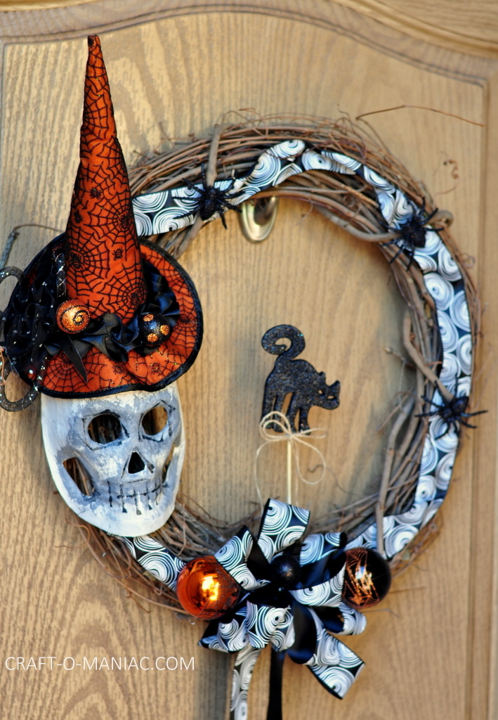 diy witch mask wreath1