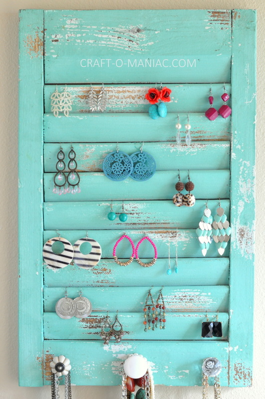 DIY jewelry organization wall3
