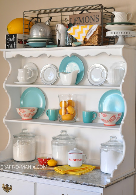 summer hutch decor