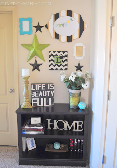 diy star gallery wall