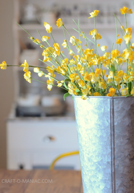 diy rustic kitchen table flowers 1