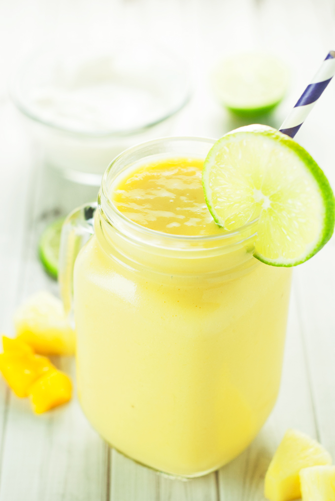 link party Tropical-Smoothie-Recipe-9