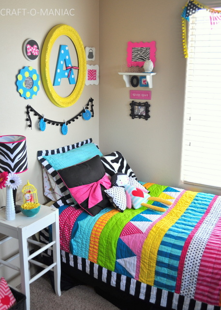 bedding bellas room