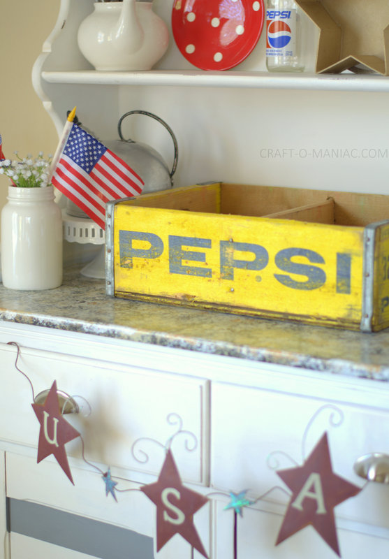 patriotic hutch decor11