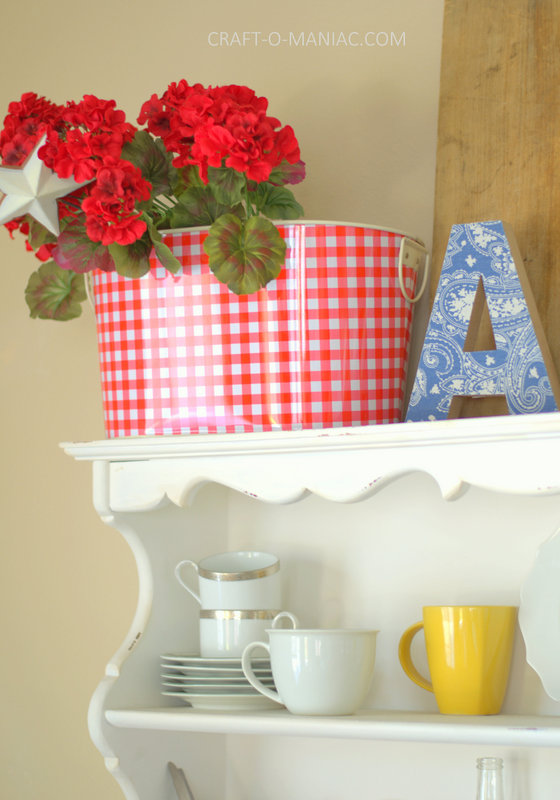 patriotic hutch decor12