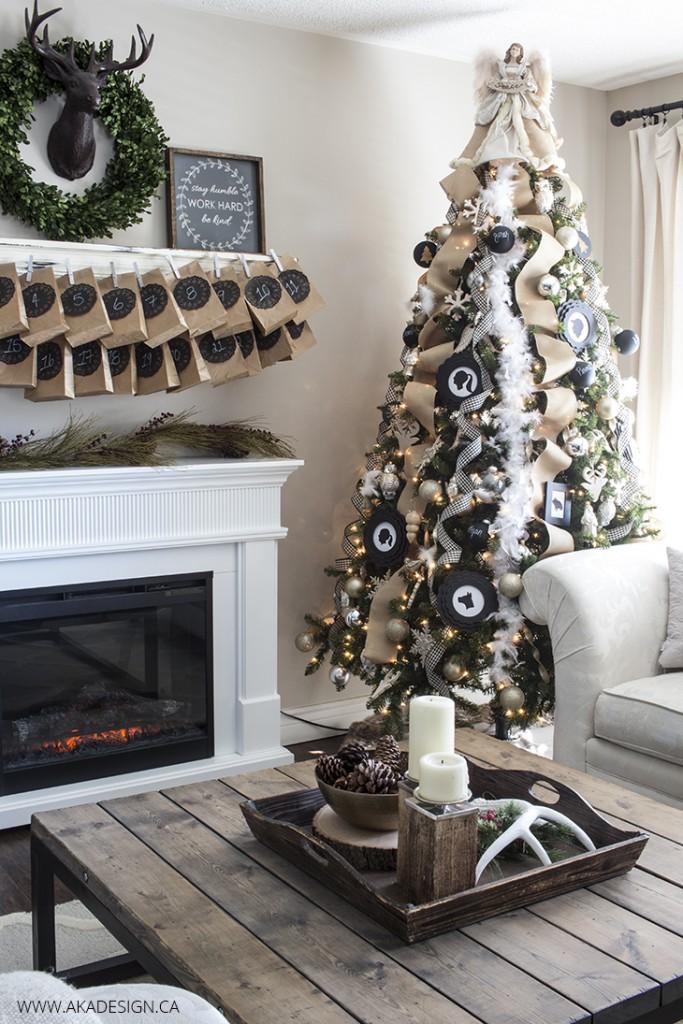 CC black white rustic christmas tree