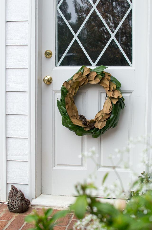 cc DIY magnolia wreath