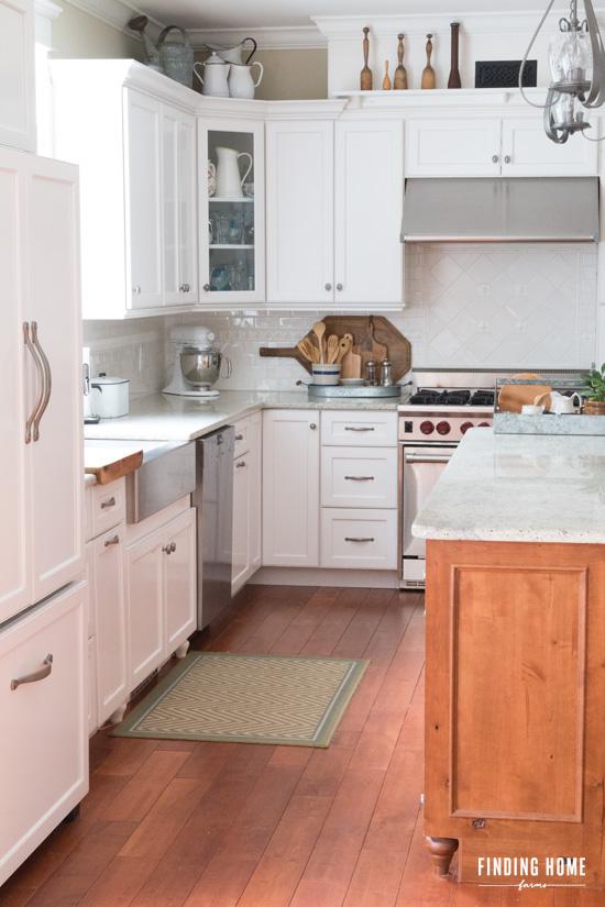 cc rustic farm house kitchen