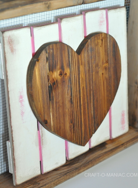 diy rustic heart gate 7