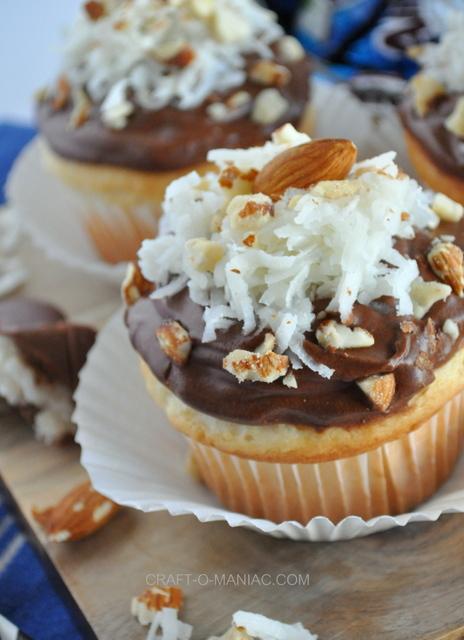 almond joy cupcakes10