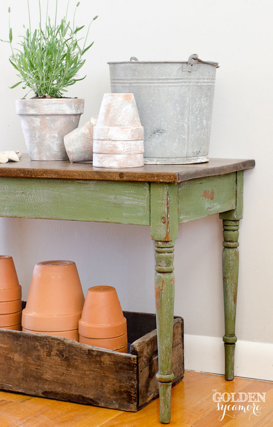 diy boxwood-shutter-gray-coffee-table