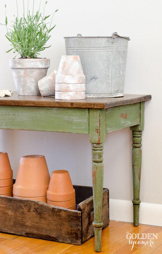 diy boxwood-shutter-gray-coffee-table