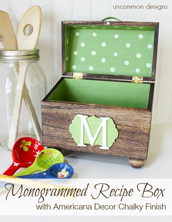 diy monogrammed-recipe-box-uncommondesigns-chalky-finish