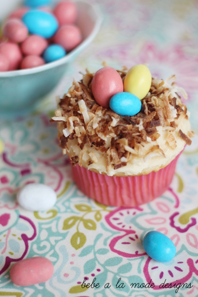 easter treats coconutcupcakes_6_zpsc1da0947