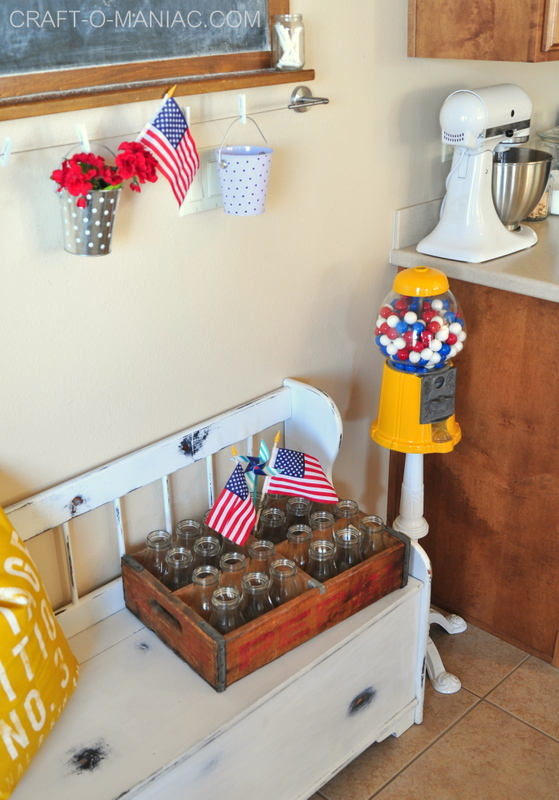 summer patriotic kitchen decor2
