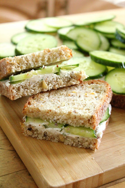 summer snack cucumber sandwhiches