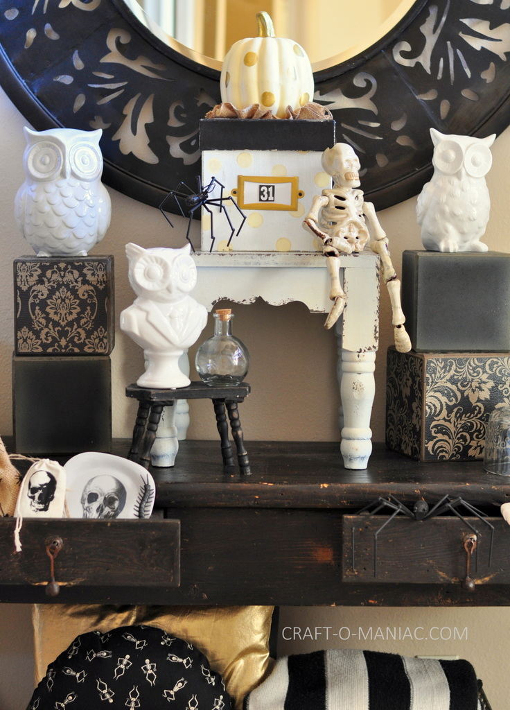 black and white halloween decor 1