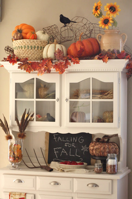 fall decor hutch1