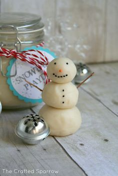 christmas gifts snowman playdough