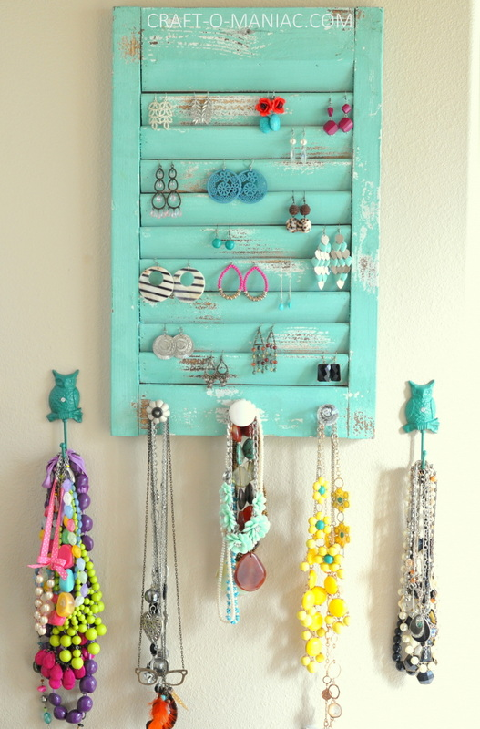 DIY jewelry organization wall1