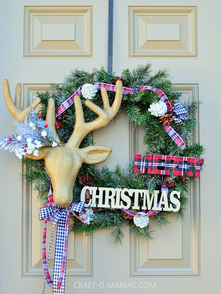 diy christmas reindeer and plaid wreath1