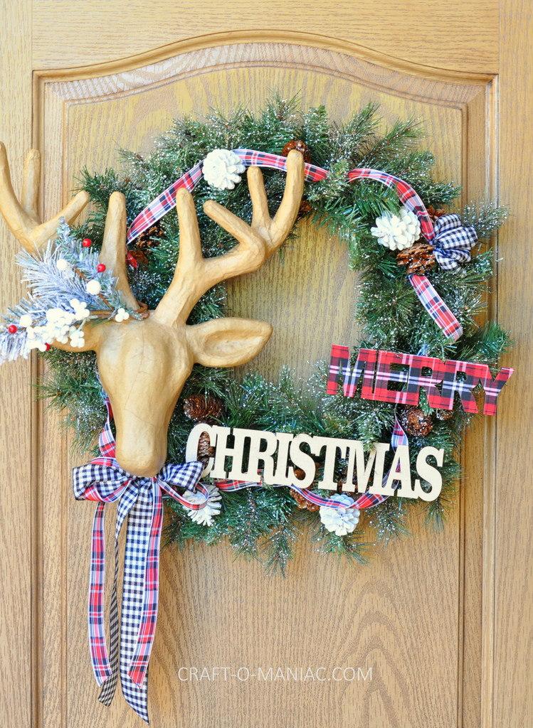 diy christmas reindeer and plaid wreath13
