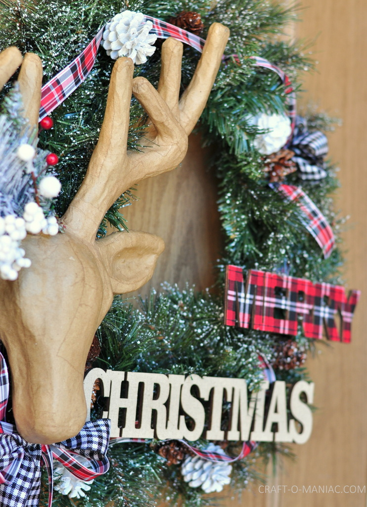 diy christmas reindeer and plaid wreath14