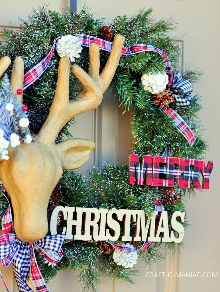 diy christmas reindeer and plaid wreath7