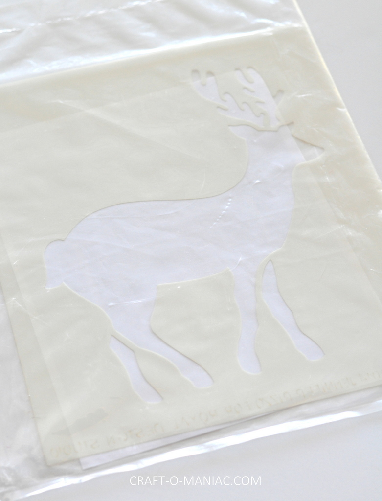 diy stenciled rudolph canvas10