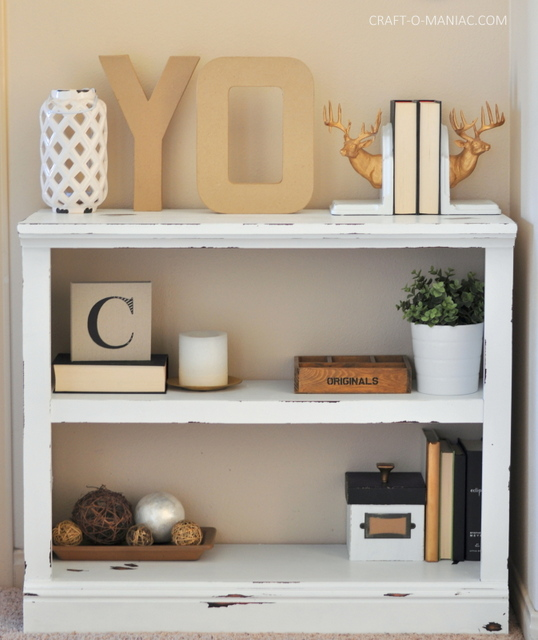 diy white chalkpainted bookshelf5