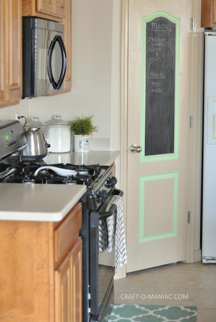 Diy Rustic Eat Sign And Pantry Door Craft O Maniac