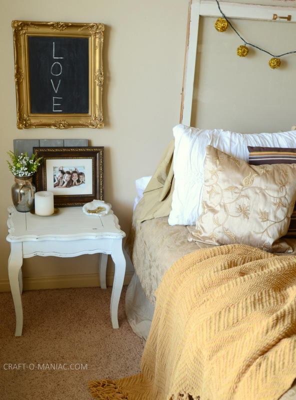 gold bedroom decor10