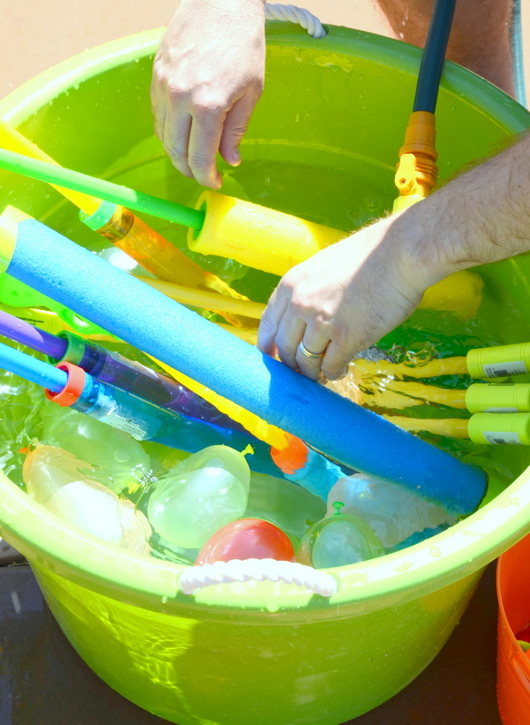 summer water party bucket