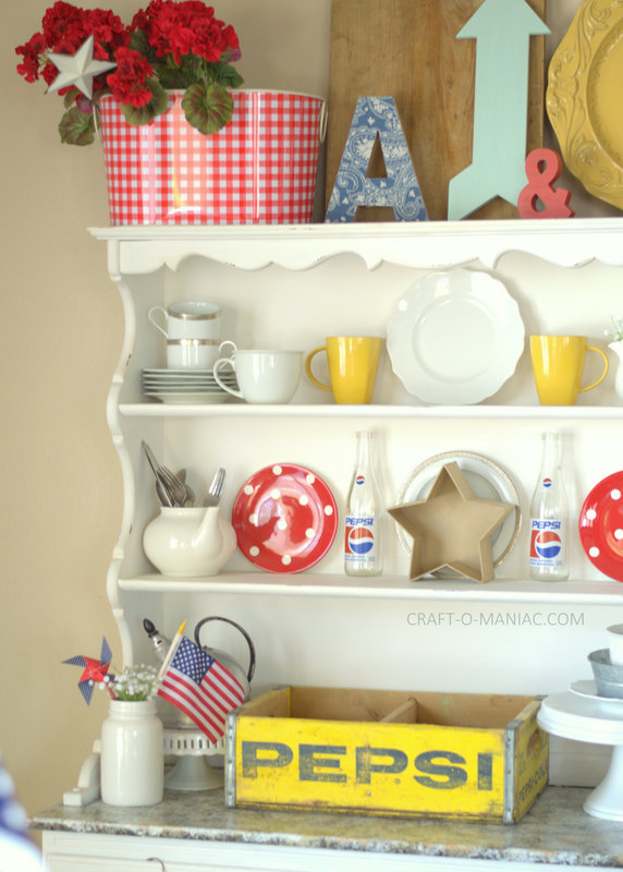 patriotic hutch decor5