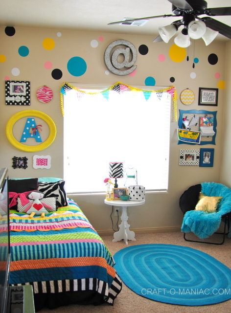 bellas colorful bedroom love