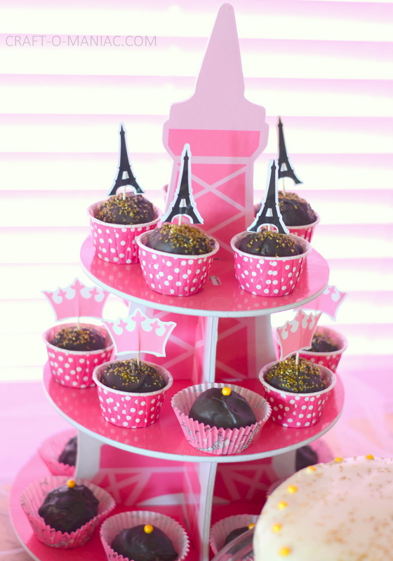 parit party eiffile tower cakes
