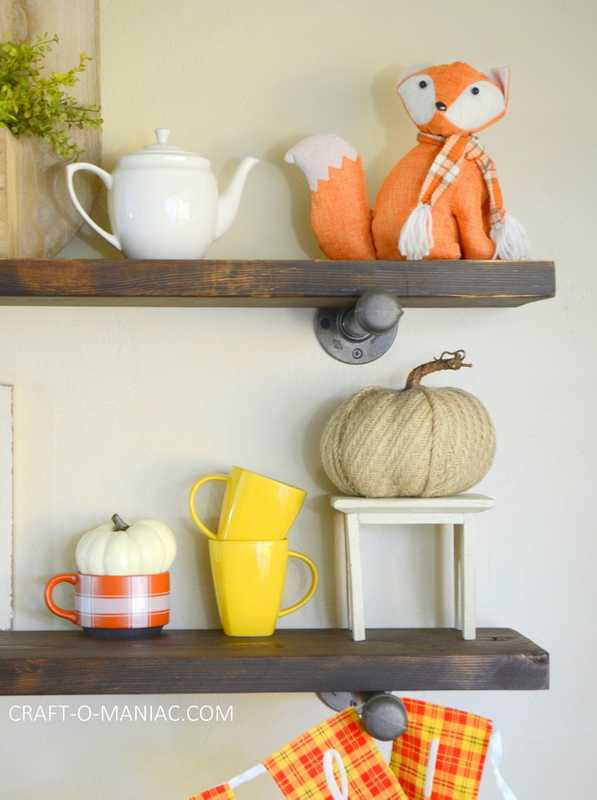 fall plaid kitchen decor24