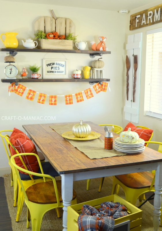 fall plaid kitchen decor27