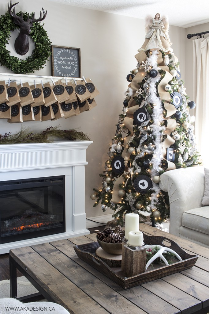 CC black white rustic christmas tree