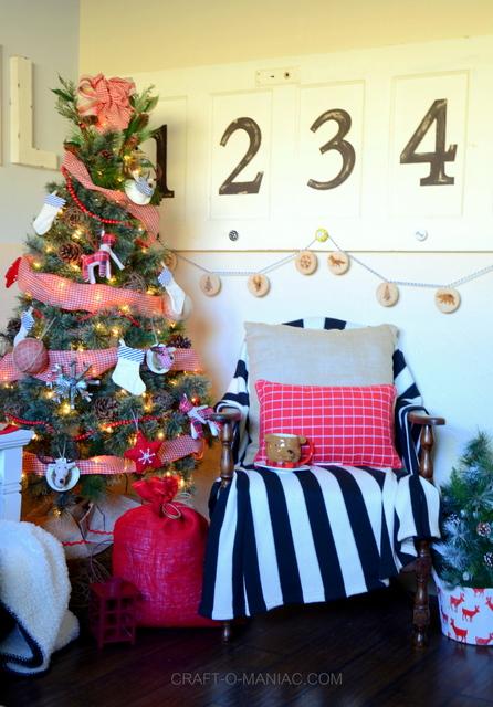 plaid woodland Christmas tree2