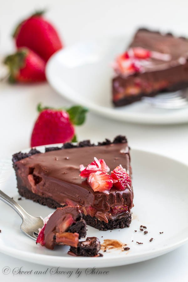cc new chocolate strawberry cake